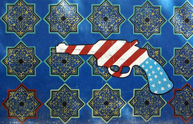 Grafitti_US_Embassy-in-Iran